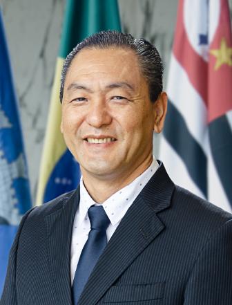 Ver. Jorge Kina